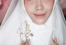 White Henna For Fitri's Wedding by Shitara Henna Bali