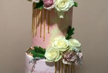 Tiers Cake by FIOR FIORE Patisserie