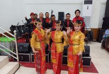 Wedding Party by Bataknese_Ent