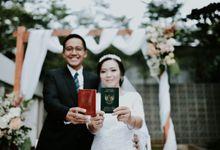 Tri & Rangga's Wedding by akar photography