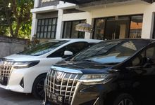 Wedding Car by Bali Alphard Rental