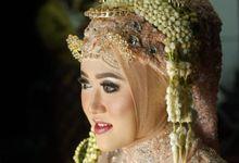 Pengantin Jawa Modifikasi by Aisya Argubi