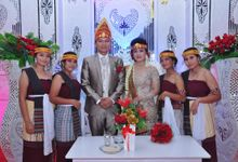 Mr. Tobing & Mrs. Ruth Hutabarat by Ventlee Groom Centre