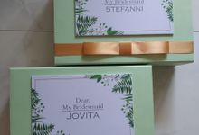 Bridesmaid And Groomsman Box by JN Invitation