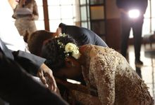 Intimate Wedding - On The Day Wedding Coordinator by Kembang Peningset