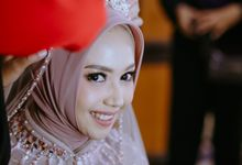 Amanda And taqdir wedding by Ratih Setya MUA