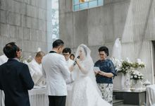 from the wedding of Galuh & Rey❤️ by D BRIDE