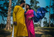 Kuldip & Paramita by Fliqaindia Pvt. Ltd.