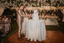 The Wedding Cake of Adit & Lia by Moia Cake