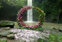 Intimate Wedding Couple 21 January 2021 by Bali Bless Florist