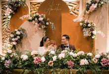 Intimate Wedding Decor Ivan & Amelia by Enbloomen