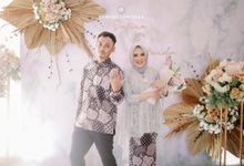 Engagement Safira & Erlanda by Rosepetal Backdrop