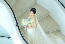 WEDDING DAY by L E U R A Bride