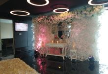 Glamour Wedding Decoration by Aston Priority Simatupang