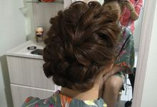 HAIR STYLING by CLICK MAKEUP