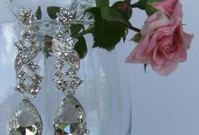 BrIdal Jewelry-Bridal Earrings by Pamela Falli