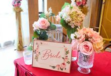 Blush Pink & Glamorous Gold Wedding by Glitz&Glam Studiobooth