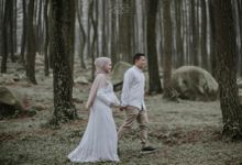 Maternity of Dwi Endah by Alexo Pictures