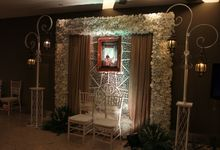 Elegant-Javanese wedding decoration by Menara Top Food Alam Sutera