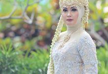 Sunda Hijab Siger by Arum Ndalu Sanggar Rias Pengantin