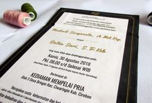 Hadi & Ratna - HC Rustic Black and Gold Invitation by Elderco.id