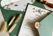 Magnolia Garden by Trouvaille Invitation