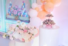 First birthday party in Laduree style by SundayRussiaDecor