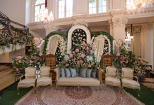 A WEDDING AT TEUKU UMAR MANSION by AIRY