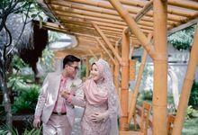 WEDDING MOMENT - LESTY & WISNU by Esper Photography