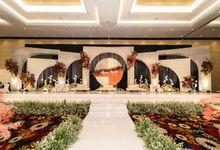 Wedding of Agung & Keyshalla at Trans Convention Center by Valentine Wedding Decoration