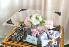 New Acrylic Premium Tray by Seserahan by Krisyabloem