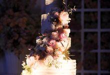 Bob & Audrey Wedding Cake by K.pastries