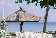Wedding Decor at Intercon by Red Gardenia