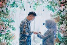 The Engagement of Desty & Iman by ixodia wedding organizer