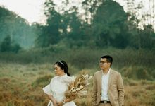 Prewedding Oesella & Malvin by Menuai Rasa Photo
