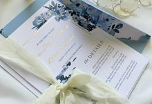 Sky Blue Flowers by Trouvaille Invitation