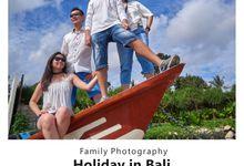 Ms. Sukmawati & Family by Baloma Photography
