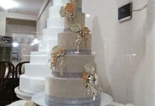 New Open Wedding Cake Gallery by Uci Bakery