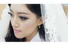 Dewi Surya Portofolio by Dewi Surya Makeup &  Hair Stylist
