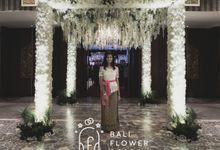 Gede wedding by Bali Flower Decor