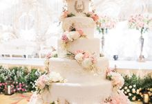 Five Tiers Wedding Cake by Amor Cake