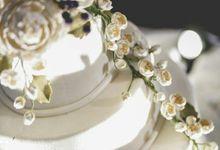 3 tier custom wedding cake by breadseason