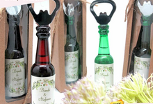 LIMITED EDITION : Elegant Bottle Opener in Package by Fine Souvenir