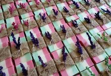 June 2018 wedding favors by The Rustic Soap