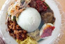 Mini Tumpeng With White Rice by Kayumanis Catering