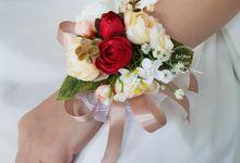 Wristband Flower Corsage by Belfiore Florist