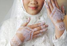 White Henna For Merry Wedding by Shitara Henna Bali