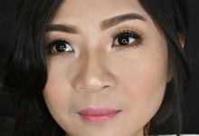 Simple Make Up by Sissy makeup artis