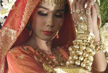 Wedding Fashion Show by Dwisuci Makeup & wedding project