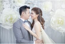 Shanty & Kevin Wedding At Holiday Inn Hotel by Josh & Friends Entertainment